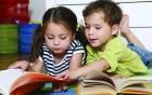 5 cách giúp con thích đọc sách