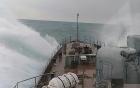 Video: Chiến hạm Gepard Việt Nam băng băng rẽ sóng trên Biển Đen