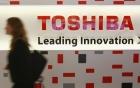 """""""Ông lớn"""" Toshiba có thể bị phá sản vì một quyết định sai lầm"""