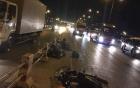 Xe máy đối đầu xe tải, 2 thanh niên chết thảm