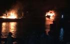 Ba tàu cá tiền tỷ của ngư dân Thanh Hóa bị thiêu rụi trong đêm