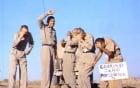 5 sĩ quan Mỹ tình nguyện đứng dưới vụ nổ bom hạt nhân