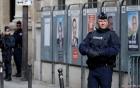 Điểm bỏ phiếu Pháp sơ tán vì phương tiện nghi là xe bom