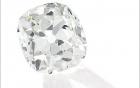 Mua nhẫn giả ở chợ trời, ngỡ ngàng phát hiện ra là nhẫn kim cương hàng chục tỷ đồng