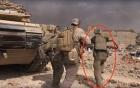 Cựu binh Mỹ liều mình hứng mưa đạn IS cứu bé gái 5 tuổi