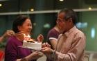 Ngưỡng mộ tình cảm chân thành của bố mẹ ca sĩ Giang Hồng Ngọc