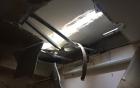 Hà Nội: Hãi hùng 2 thanh sắt từ tầng 27 lao thẳng xuống nhà dân