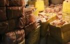 Phát hiện kho hàng lớn chứa 5 tấn sụn gà, sụn lợn không nguồn gốc, bốc mùi hôi thối