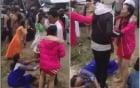 Clip: Xe rước dâu bị lật, nhiều người hoảng loạn khóc lóc thảm thiết