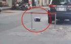 Phát hiện vali màu tím chứa thi thể thai nhi giấu dưới gầm ô tô
