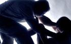 Nghi án bố tâm thần hiếp dâm con gái ruột 9 tuổi: Chuyển hồ sơ lên công an tỉnh