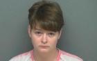 Bà mẹ Mỹ nhẫn tâm định bán con gái 2 tuổi cho kẻ ấu dâm, lĩnh án 40 năm tù