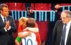 Khoảnh khắc tuyệt đẹp của nữ tổng thống giống người mẫu bikini ở chung kết World Cup
