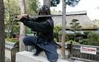 Dù trả lương 85.000 USD nhưng không ai buồn đi làm Ninja ở Nhật Bản