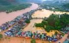 Quảng Ninh: Lũ bao vây cô lập huyện Ba Chẽ, người dân đi xuồng giữa phố