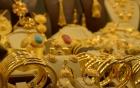 Giá vàng hôm nay 3/8/2018: Vàng tụt xuống đáy sâu do ảnh hưởng của USD