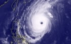 Siêu bão Yutu mạnh cấp 16 hướng vào Biển Đông