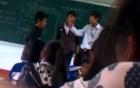Nam sinh lỡ nói tục, bị cô giáo chỉ đạo cả lớp tát 231 cái