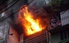 Bị chồng không cho ngủ cùng, vợ uất ức đổ xăng châm lửa đốt nhà