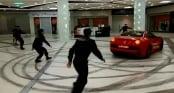 Video: Tài xế lái Ferrari gây \