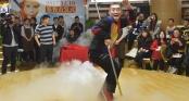 Lục Tiểu Linh Đồng gây nhàm chán với màn múa gậy Như Ý kiếm tiền