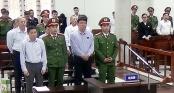 Hình ảnh ông Đinh La Thăng trong ngày đầu xét xử vụ PVN thiệt hại 800 tỷ đồng