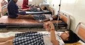 Hàng loạt học sinh lớp 3 nhập viện cấp cứu sau khi uống trà sữa trong buổi liên hoan