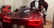 Lương tháng 5 triệu/tháng, Cường Đô La lại vung tiền mua siêu xe mới 22 tỷ