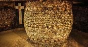 Cảnh rùng rợn trong hầm mộ chứa 6 triệu hài cốt và bí ẩn những