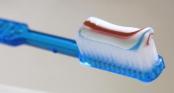 Bác sĩ tiết lộ 8 sự thật về kem đánh răng: Nhiều người sử dụng hàng ngày nhưng không biết