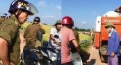 Đưa máy gặt ra đồng, người dân Phú Thọ bị công an xã cản trở vì không có \