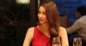 Phản ứng của Hoa hậu Phạm Hương khi được đãi món thịt tê tê