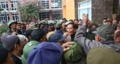AFF Cup: Hàng trăm người lại bao vây, làm náo loạn trụ sở VFF