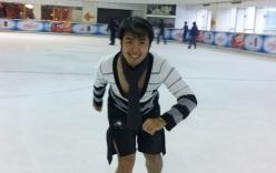 Xem Akira Phan trượt băng ở Trung Quốc