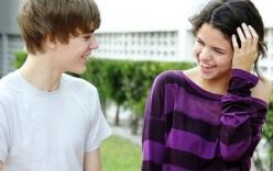 Justin Bieber bị 'máy bay bà già' đá?
