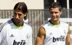 Rộ tin đồn Ronaldo cướp bạn gái của đồng đội