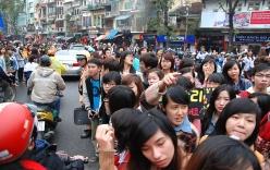 Hồ Gươm tắc nghẽn vì dàn sao Hàn đổ bộ