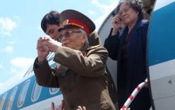 Ảnh Đại tướng Võ Nguyên Giáp thăm chiến trường Điện Biên Phủ