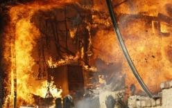 Video: Cháy rừng dữ dội ở Los Angeles, hàng nghìn người phải sơ tán