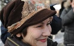 Phụ nữ Kazakhstan đội nội y biểu tình đòi mặc đồ lót ren