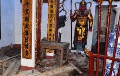 Cảnh hoang tàn ở đình cổ sau khi dỡ lấy gỗ sưa đi bán