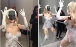Robot nhảy bốc lửa như ca sĩ Lady Gaga