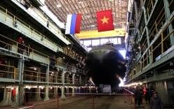 Nga hạ thủy tàu ngầm tàng hình thứ tư cho Việt Nam