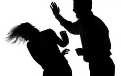 Bản tin 113 – sáng 1/4: Đánh ghen không xong lại bị chồng trói tay, đánh đập…