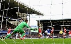 Everton 3-0 Arsenal: Pháo thủ lao dốc