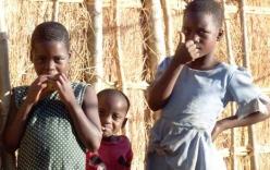 Ghê rợn lớp học tình dục, hủ tục tẩy trần phụ nữ Malawi