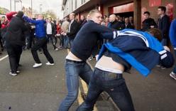 CĐV Liverpool và Chelsea hỗn chiến kinh hoàng sau trận đấu