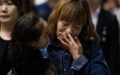 Video: Khung cảnh hỗn loạn khi phà Sewol bắt đầu nghiêng