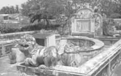 """Nhà """"ngoại cảm"""" bị vật chết vì tiết lộ thiên cơ về vú nuôi vua Gia Long?"""