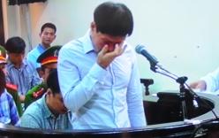 Cận cảnh Dương Tự Trọng bật khóc tại phiên tòa